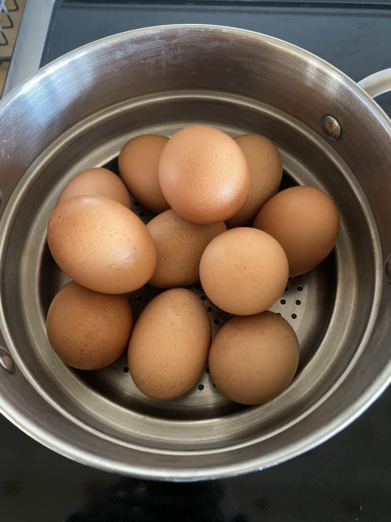 How to Quickly and Easily Peel Farm Fresh Eggs