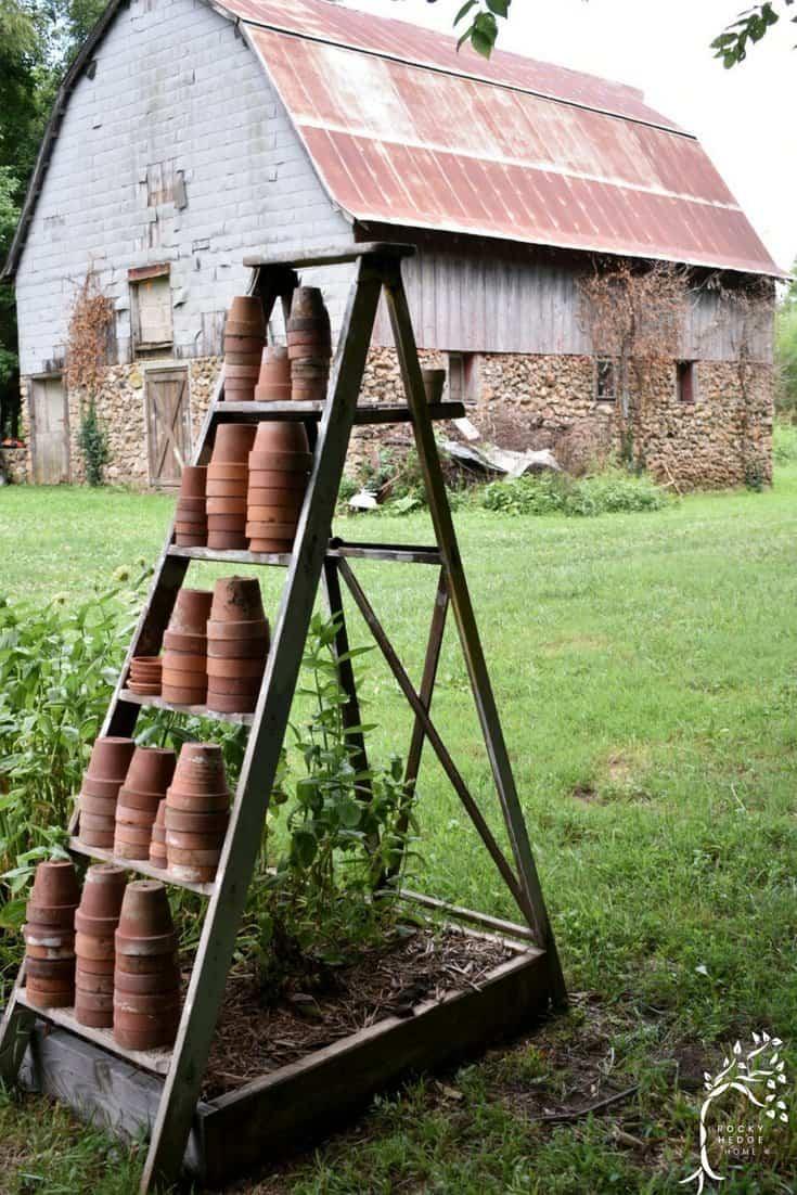 Vintage Rustic Outdoor Garden Decor Rocky Hedge Farm
