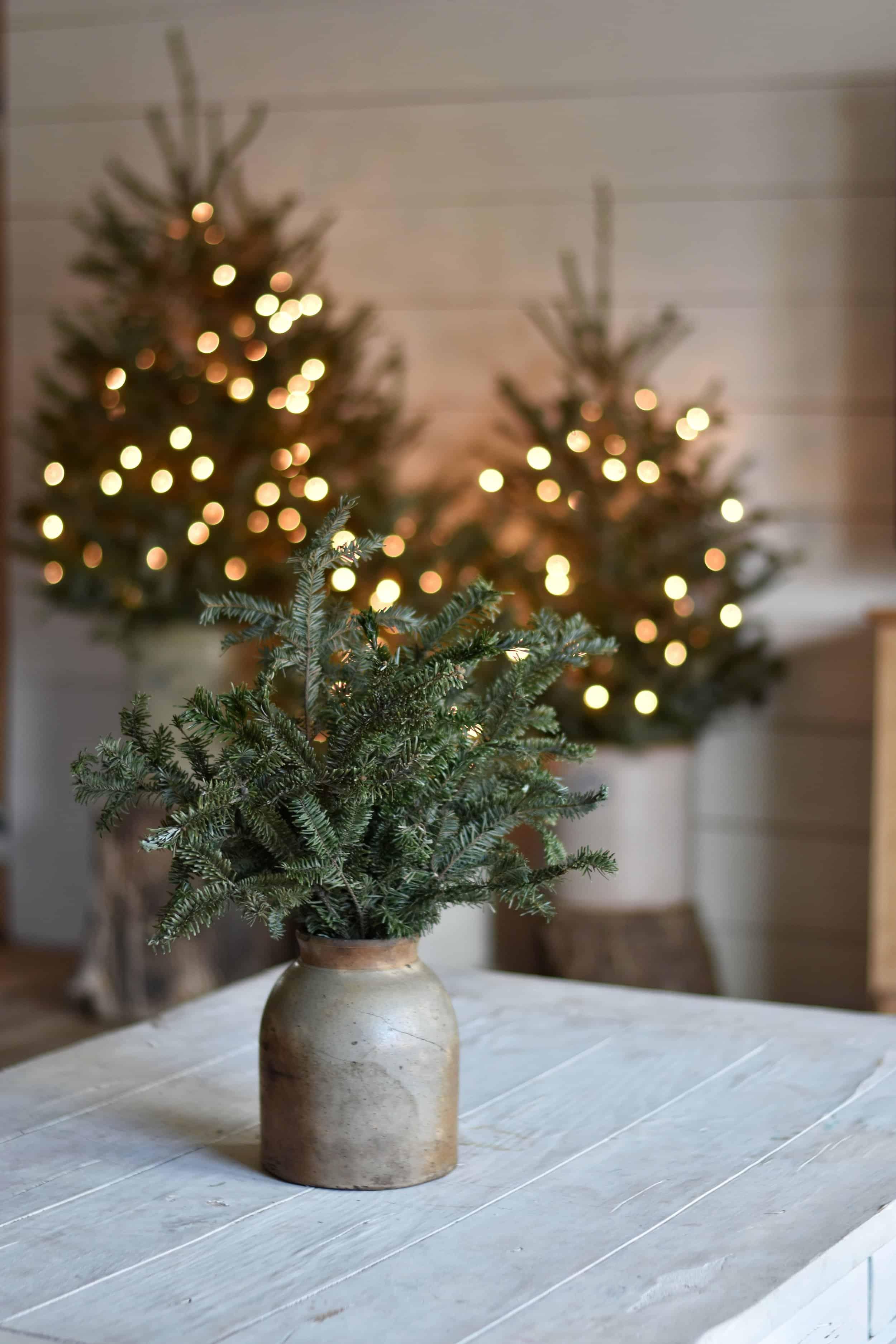 cozy rustic Christmas farmhouse decor