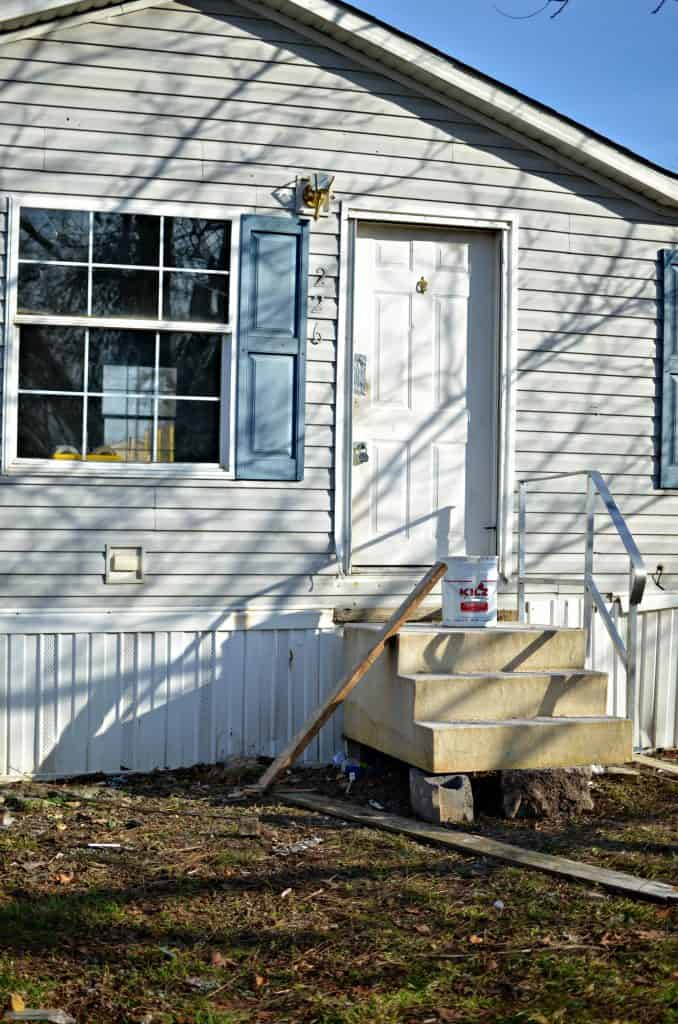 Exterior Mobile Home Remodel