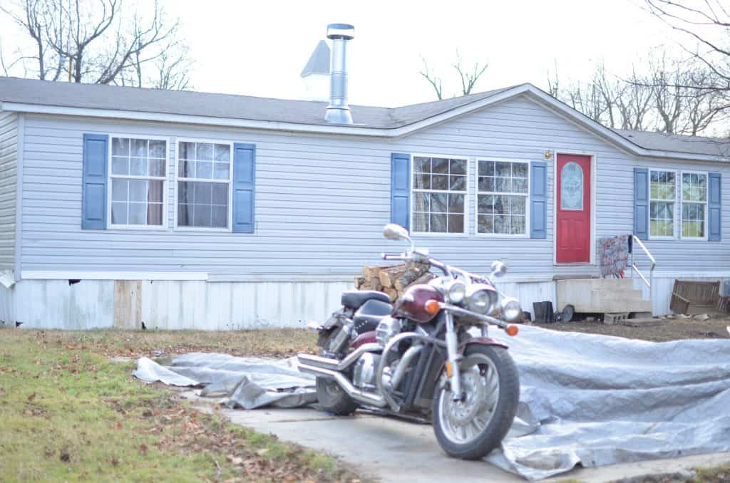 Remodeling a Doublewide Mobile  Home on the Interior and  Exterior.  Farmhouse style renovation while living in the mobile home.