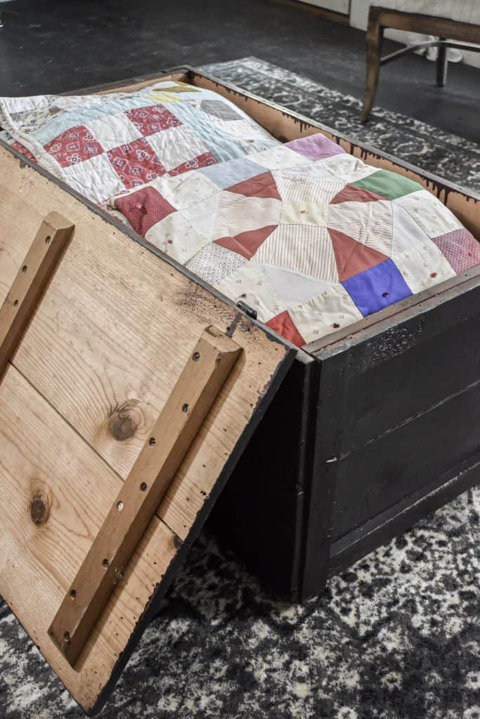 Rustic Farmhouse Blanket Storage for Small Spaces