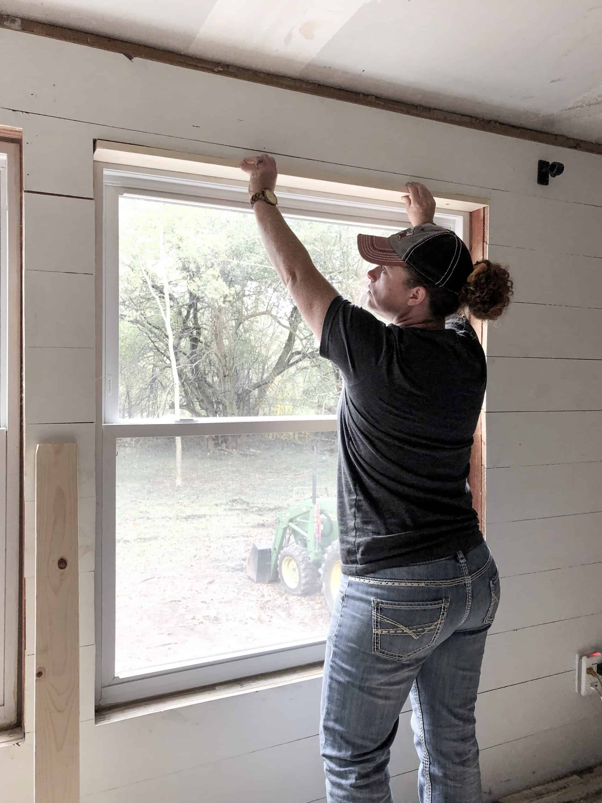 Trim and Molding for a Mobile Home - DIY Mobile Home Remodel