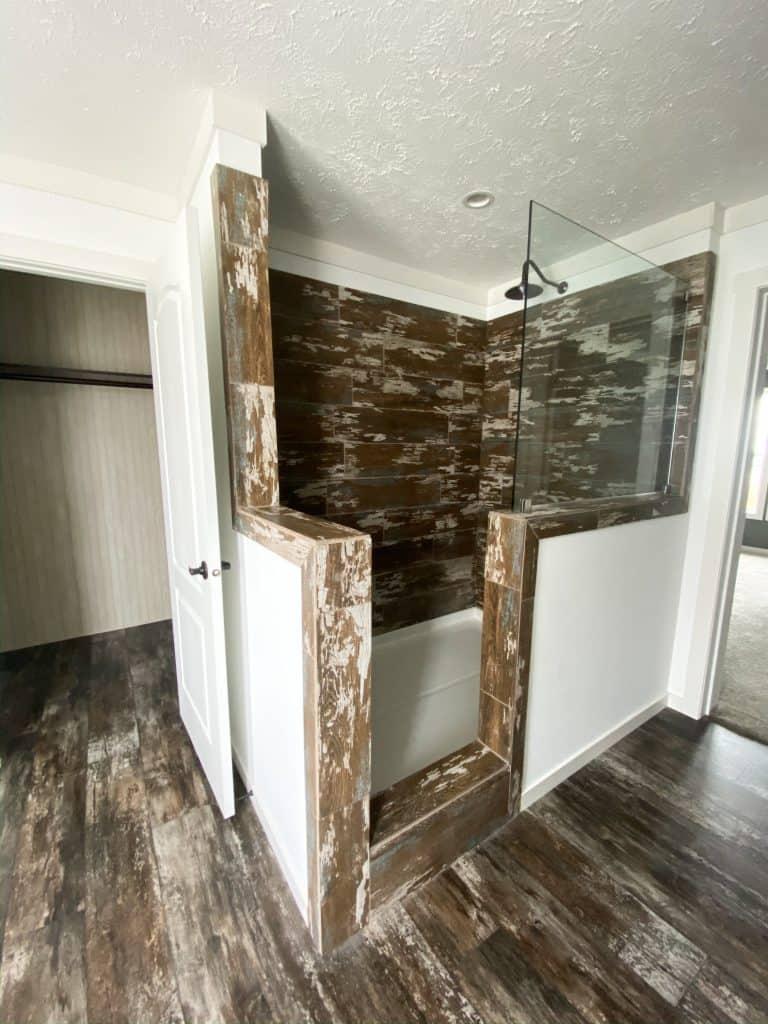 Prefabricated Home Rustic Bathroom