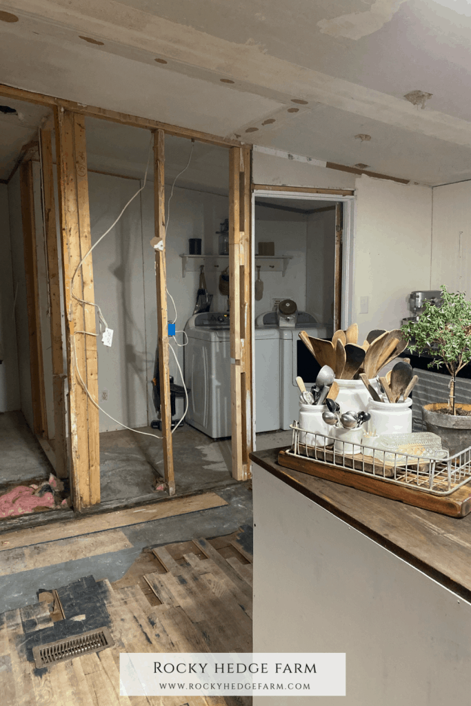Remodeling a Mobile Home Kitchen