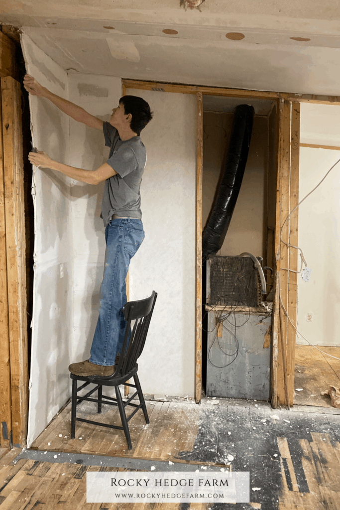 Replacing Walls In a Mobile Home
