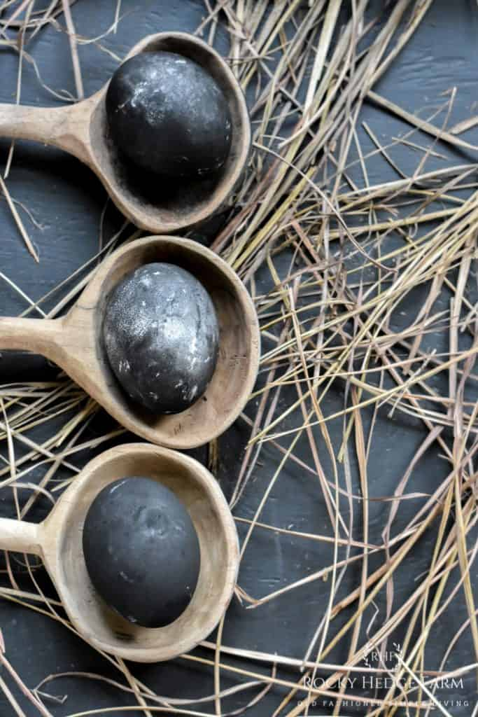 How to Dye Eggs with Activated Charcoal