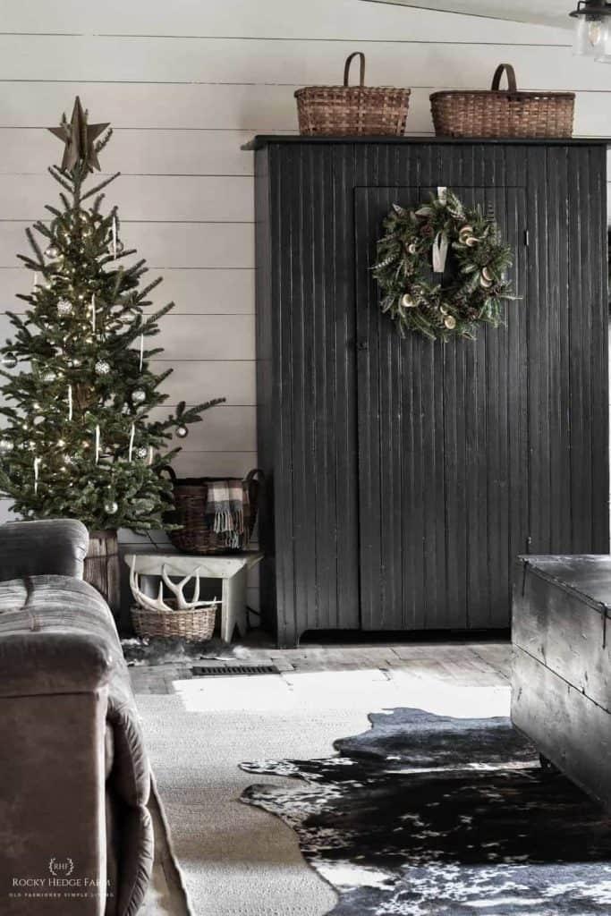 Rustic Living Room Christmas