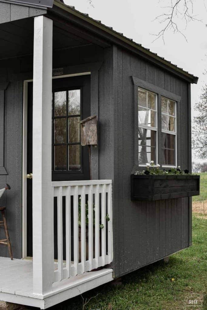 shed window box planter
